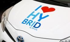 Die Liste derer, die sich vom Hybridantrieb überzeugen lassen, mehrt sich. Es ist zu erwarten, dass die Anzahl der Hybridautos kontinuierlich wachsen wird.